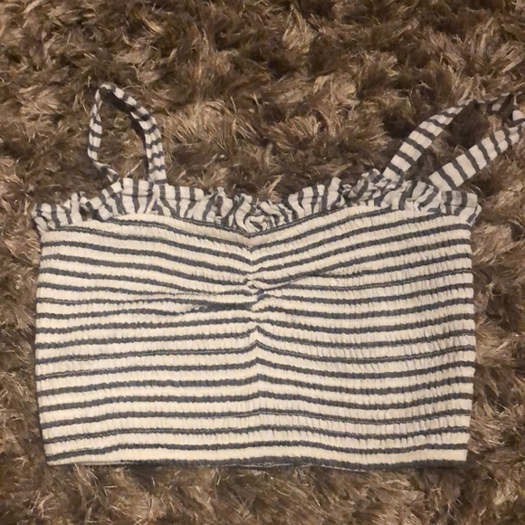 2 for 10: Forever 21 crop top